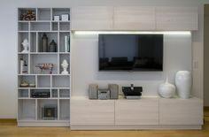 Somos especialistas en muebles de tecnología, para que todo tu entretenimiento esté ordenado y atractivo visualmente. Visitanos en nuestra Tienda y empezá a diseñar el tuyo: Cespedes 2900, Bs As.
