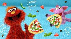 Murray loves pizza. Ovejita loves tortillas. Only one meal can satisfy them both…Tortilla Supreme Pizza! Turn ordinary tortillas into scrumptious pizzas even picky eaters can't resist!