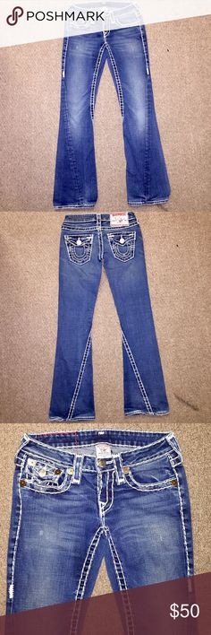 😍 True Religion Thick Stitch Boot Cut Jeans 😍 Gorgeous True Religion Joey Super T Thick Stitch Women's Designer Boot Cut Jeans in size 25 with an inseam of 32. In super excellent condition and even more stunning in person 😍! Accepting reasonable offers via the offer button only please 😊👍🏻❤️ True Religion Jeans Boot Cut