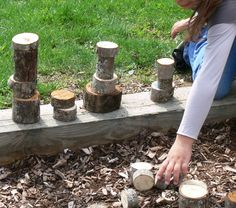 Outdoor classroom stacking log sections (building blocks with natural materials in their natural state.... ) LOVE this too!