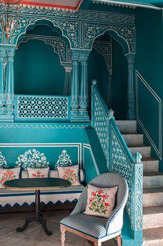 Blue Crush: Bar Palladio Jaipur