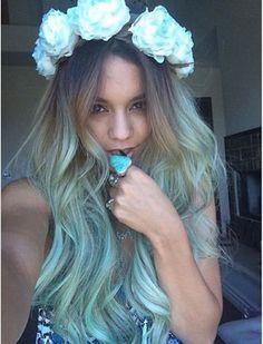 to Channel Your Inner Mermaid (Hey, Vanessa Hudgens Did It) Vanessa Hudgens channeled her inner mermaid.Vanessa Hudgens channeled her inner mermaid. Ombre Hair, Teal Hair, Turquoise Hair, Green Hair, Mint Hair, Blue Green, Violet Hair, Bright Hair, White Hair