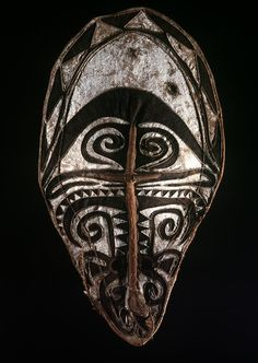 "Object: ""Hevehe"" Mask 