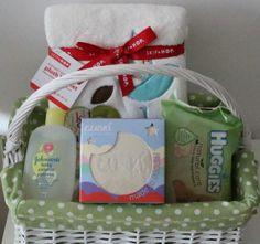 Cesta de regalo para bebés http://www.mibabyclub.com/tienda-bebes/cestas-para-bebes/cesta-regalo-bebes-0-9-meses.html