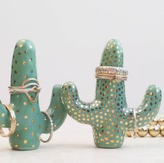 #cactuslove forever! Rings by @rebeccahaas @shopclementine & theslyfox  #cactuslover #saguaroringholder #cactusringholder #ringholders #ceramics #cactus #ceramiccactus