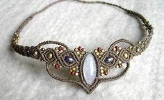 Mondstein - Tiara Kopfschmuck oder Kette Mondstein - ein Designerstück von Magic-Knots bei DaWanda