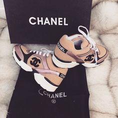 best service 5aeb6 30e1f 12 fantastiche immagini su Scarpe Chanel | Scarpe chanel ...