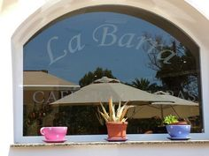 La barra cafe bar