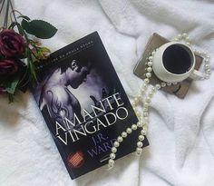 Voltei com esses meus Guerreiros Amantes e agora e a vez de conhecer a história de Rehv e Ehlena... #ansiosa #livros #books #love #AmoMuito #IrmandadeDaAdagaNegra #JRWard #Vampiros