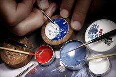 http://www.theparisianeye.com/2013/02/precieuses-new-watch-collection-by.html