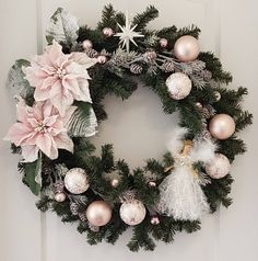 Pale pink Victorian Christmas wreath with lovely angel and star Pink Christmas Decorations, Christmas Centerpieces, Christmas Crafts, Christmas Candles, Christmas Quotes, Christmas Pictures, Diy Wreath, Wreath Ideas, Xmas Wreaths