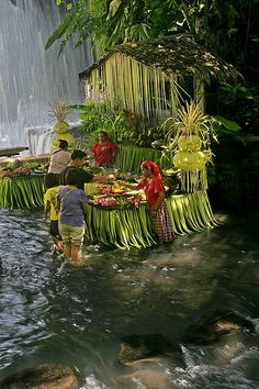 Have lunch in a waterfall at Villa Escudero, Waterfall Restaurant