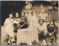 A Native Filipino Wedding, Manila, Late A Filipina Bride poses for a photograph with her family and two American soldiers. Filipino Wedding Traditions, Wedding Bride, Wedding Day, Wedding Tips, Wedding Styles, Asian Image, Mexican Heritage, Bride Poses, American Soldiers