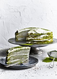 Simple mille crepe cake recipe using matcha green tea powder, crepes and fresh custard. Easy to make and ready in an hour