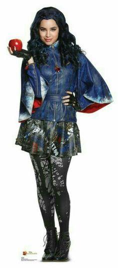 Evie - Kara saun  costume designer Descendientes Disney