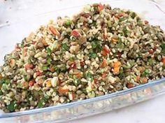 Bulgurlu Yeşil Mercimek Salatası Turkish Salad, Greek Salad, Homemade Beauty Products, Fried Rice, Nutella, Salads, Food And Drink, Health Fitness, Diet