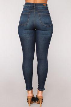 Hüften wie Honey Skinny Jeans - Dark Denim - Pants for women - Tight Jeans Girls, Sweet Jeans, Curvy Jeans, Skinny Fit Jeans, Dark Denim, Dark Jeans, Jeans Pants, Loungewear, Pants For Women