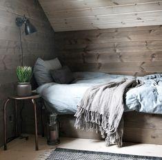 Bedroom Interior, Activity Room, Cabin Style, Furniture, Interior, Home Decor, Small Bedroom, Modern Cabin, Mountain Interiors
