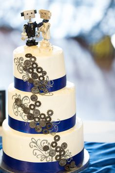 Blue, Robots, Wedding Cake, Ribbon, Royal Blue, Gears, Engineering, Themed Wedding