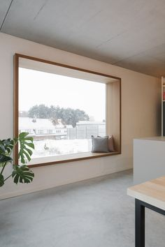 Zitraam MAN Modern Windows, Banquette, Window Design, Bungalows, Window Sill, Architecture, Furniture Design, New Homes, Home And Garden