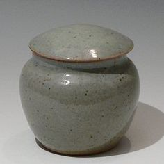 Ray Finch, Winchcombe celadon jar