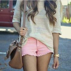Pink shorts ✌️