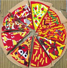Cassie Stephens: In the Art Room: Fourth Grade Pizza Pillows! Class Art Projects, Classroom Art Projects, Art Classroom, Easy Preschool Crafts, Kids Food Crafts, 2nd Grade Art, Fourth Grade, Art Lessons For Kids, Art For Kids