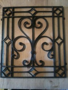 Catawiki online auction house: Wrought iron grill, end of 1700, early 1800.