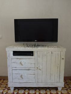 P1060097 600x800 Pallet chest drawer/tv stand in pallet bedroom ideas  with TV Stand Pallets Furniture