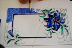 Glass Painting Patterns, Glass Painting Designs, Stained Glass Designs, Stained Glass Panels, Stained Glass Patterns, Stained Glass Art, Bottle Painting, Bottle Art, Bottle Crafts