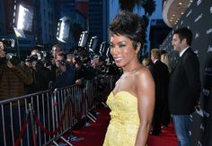 #InspiringLookoftheDay @ImAngelaBassett at any age - Great #style #makeup #hair - impeccable results.