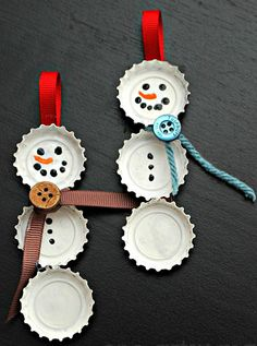 Repurpose ♥ Bottle Cap Snowman Ornaments. Adorable!