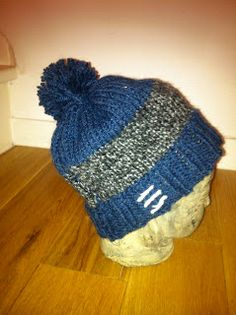 blue and grey woolen hat