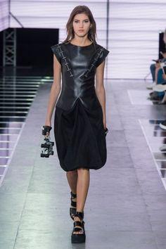 PFW Louis Vuitton Spring Summer 2016 Womens Wear Paris Fashion Week Collection (11)
