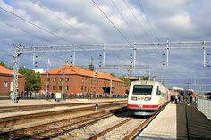 From Helsinki to Lahti, just one hour by train | Lahdesta Helsinkiin alle tunnissa.