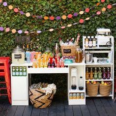 DIY Outdoor Wedding Reception Beverage Station