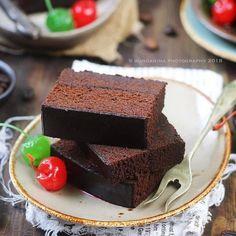 Tutorial on Making Traditional Snacks Resep Sponge Cake, Resep Cake, Delicious Cake Recipes, Yummy Cakes, Sweet Recipes, Steam Cake Recipe, Bolu Cake, Brownies Kukus, Cookie Recipes