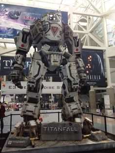E3 Titanfall Display