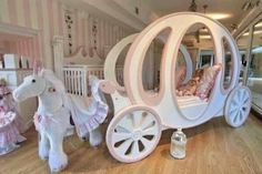 Princess And Charming Beds With White Hourse And Perfect Design