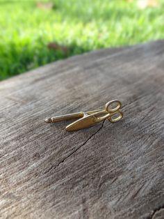 Gemelo individual en forma de tijera dorada