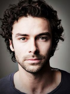 Aidan Turner - from Red Sangre - http://redsangre.tumblr.com/post/81515376245/my-edit
