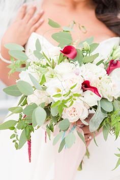 Wedding Bouquet | Renaissance Portsmouth-Norfolk Waterfront Hotel Wedding by Angie McPherson Photography