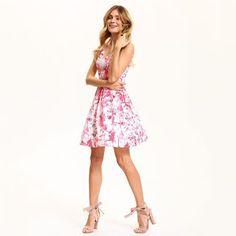18eb82a3daf Промоции : Дамска къса рокля на цветя Top Secret SSU1864