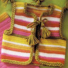 Tığ İşi Örgü Rengarenk Bebek Hırka Yelek Örnekleri
