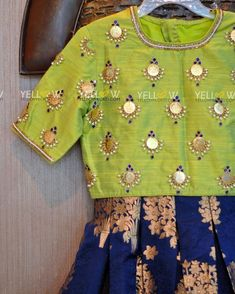 Beautiful and simple coin work on blouse - Kids Blouse Designs, Hand Work Blouse Design, Simple Blouse Designs, Stylish Blouse Design, Latest Blouse Designs, Aari Work Blouse, Pattu Saree Blouse Designs, Blouse Designs Silk, Bridal Blouse Designs