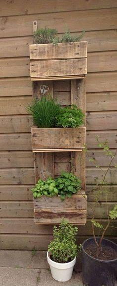 Las mejores ideas para hacer un huerto urbano en casa. ¡Nos encantan todas las propuestas!