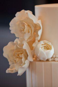 Hayley_Lennox_Elegant-Country-Wedding_SBS_005