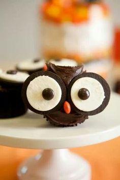 Owl cupcakes...