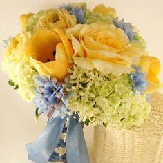 brides or bridesmaid bouquet
