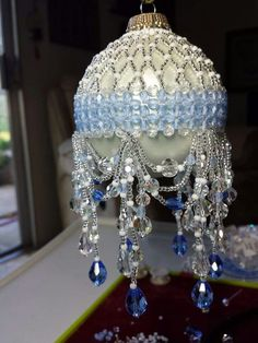 💛 Beaded Christmas Decorations, Christmas Ornaments To Make, Christmas Toys, Handmade Christmas, Christmas Crafts, Beaded Ornament Covers, Beaded Ornaments, Ball Ornaments, Hanging Crystals